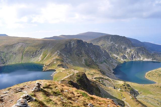 Красиви планински езера гледки