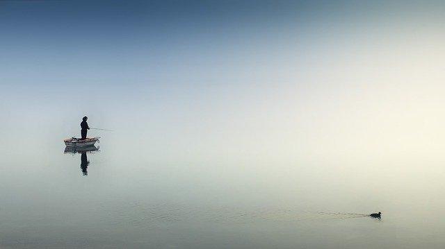 рибари в морето